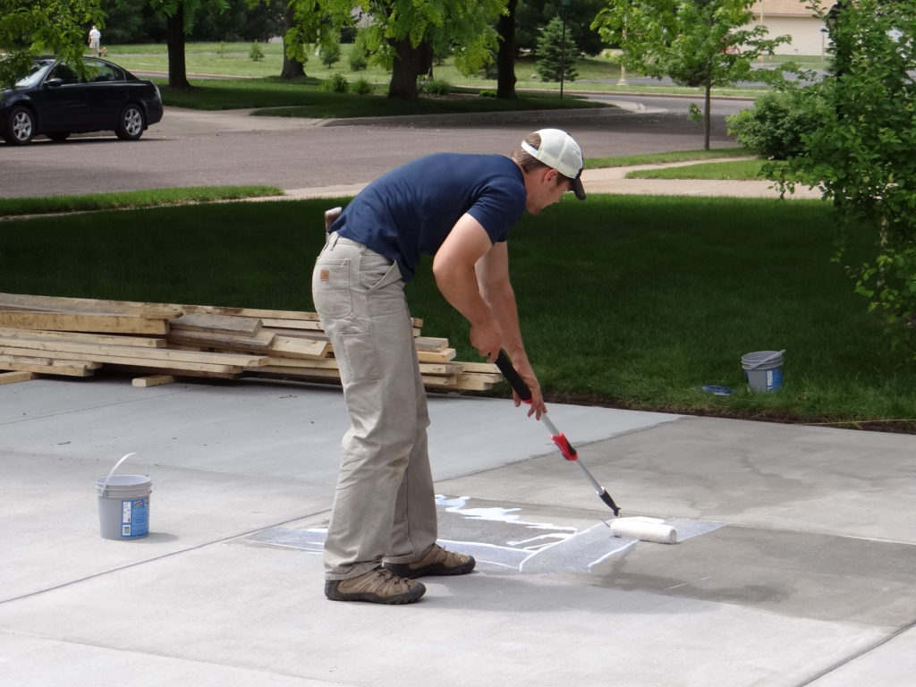 How to seal concrete?
